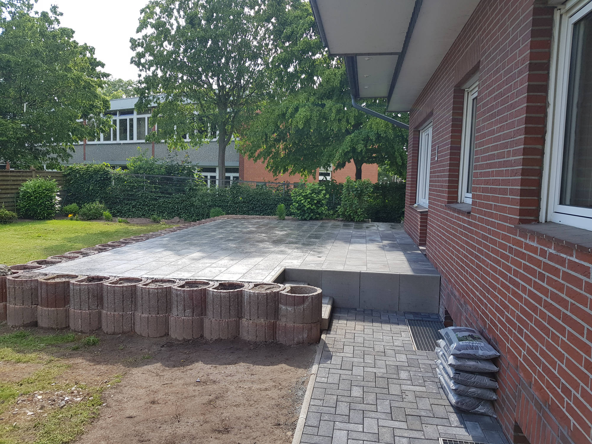 SH Service GmbH   Pflasterarbeiten